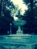 The fountain was dry but blessedly deserted