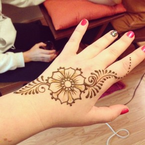 Me, freshly henna-ed